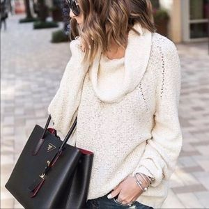"""Free People▪️""""By Your Side"""" Cowl neck Sweater. S"""